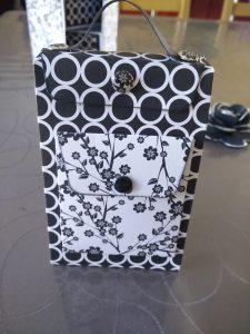 sac à dos ou cartable 3d en papier