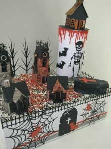 deco de table pour halloween, maisons hantées, horreur...