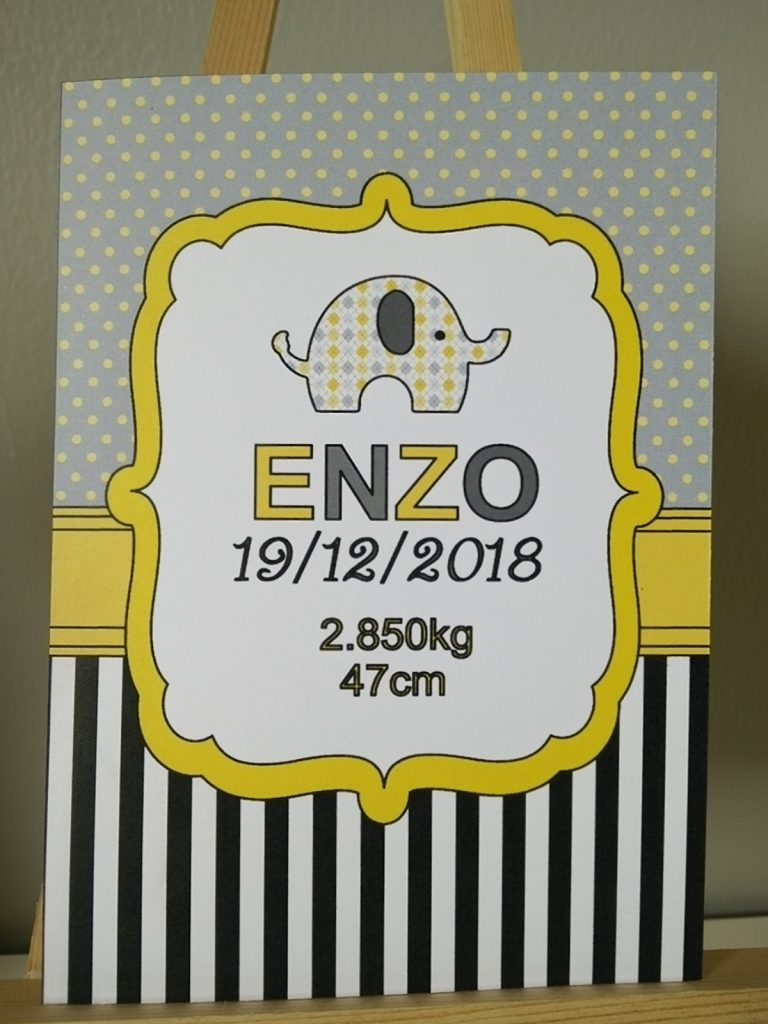 carte de naissance thème éléphant coloris jaune et gris