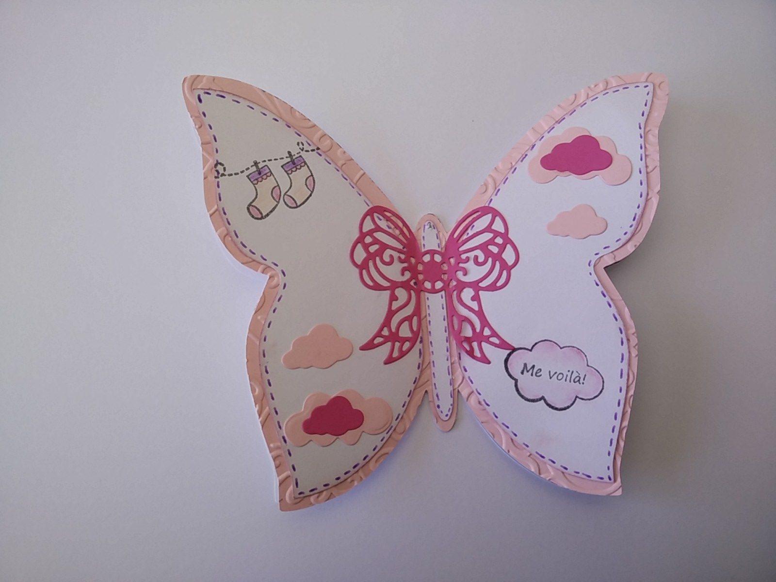 carte de naissance en forme de papillon