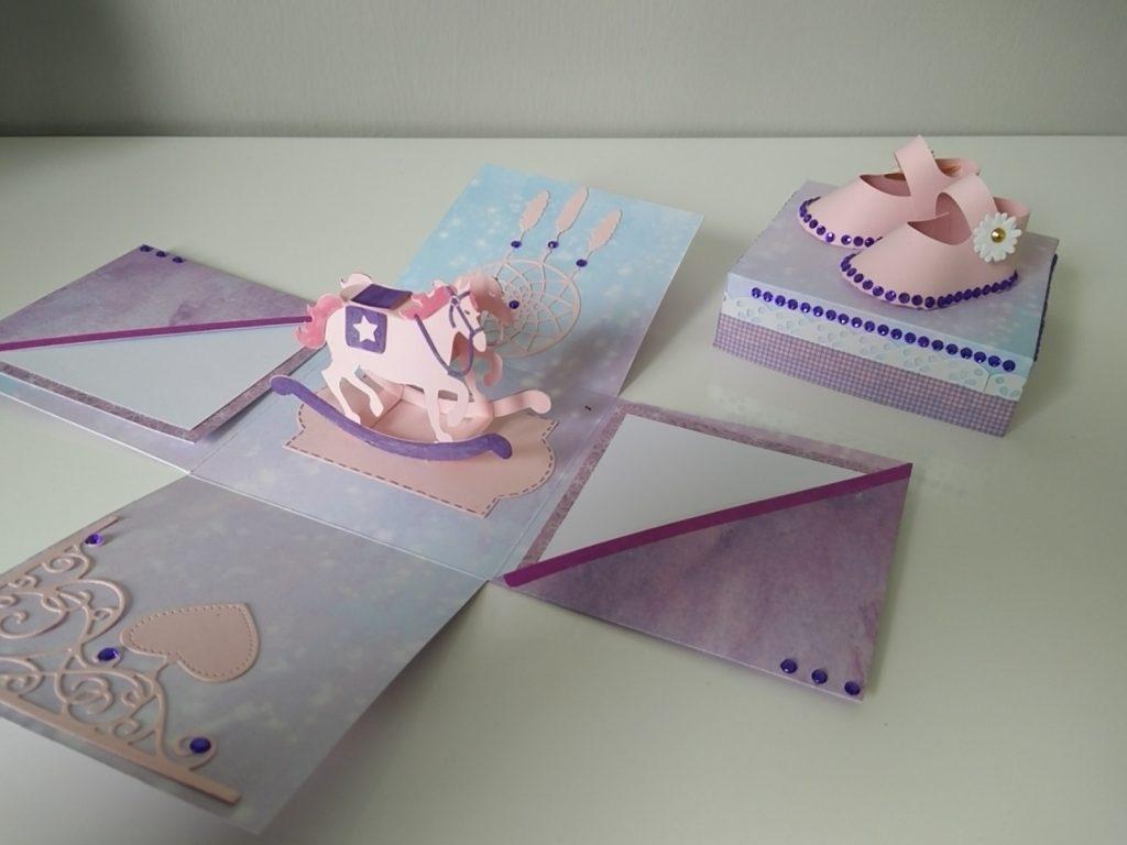 boîte à explosion carrée pour naissance petite fille